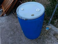55 gallon plastic container with three lids