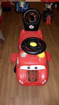 toddler's red and black ride on toy Waco, 76704