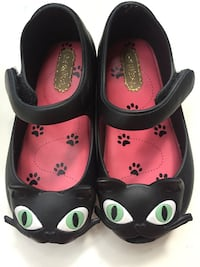 Mini Melissa girls shoes size 7 Black Cat
