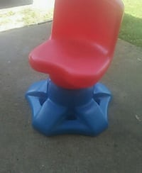 Little takes chair great condition Ocean County, 08721
