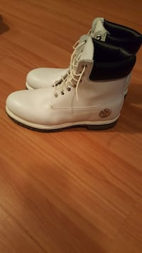 White limited timberland
