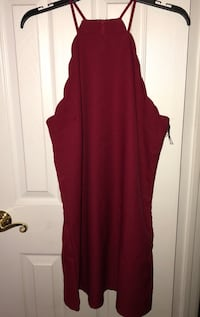 Wine colored form fitting Lulu's dress; Tags are still on and never been worn!
