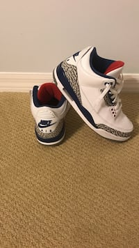 Jordan 3's Size 8.5 Amazing Condition
