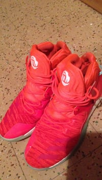 Pair of red nike basketball shoes Winnipeg, R2X