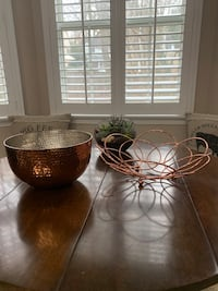 Set of 2 copper bowls Bethesda, 20817