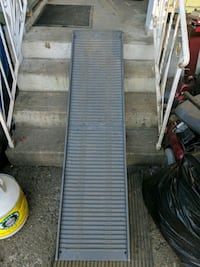 Dog ramp half price Coquitlam, V3J 4S4
