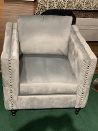 Accent chair brand new Mississauga, L5T 2W4
