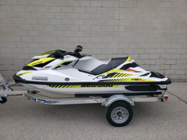 2017 SEADOO RXPX 300 MINT CONDITION 3
