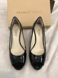 Peep toe black patent Franco sarto heels with box