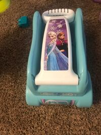 Frozen wagon for toys