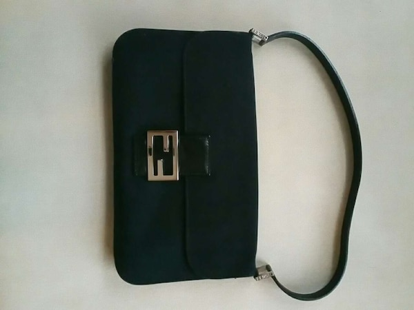 90d22916891e Used Like New Authentic Fendi Bag for sale in Langley - letgo