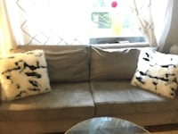 Grey couch - 3 seater Toronto, M6P 3H2