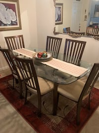 Dining room table & chairs Frederick, 21703