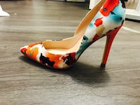 White and multicolored pointed toe pumps Arlington, 22203