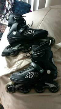pair of black inline skates/Roller Blades Canal Winchester