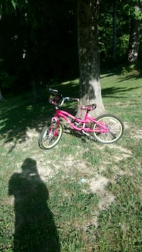 Next  girl talk Bike Pink with bag and streamers  Oneida, 37841