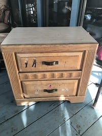 2 drawer nightstand, solid, pick up Yulee
