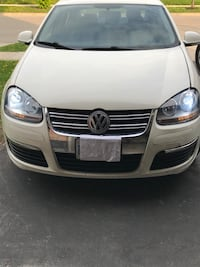 Selling for parts Volkswagen - Jetta - 2007  Kitchener, N2E