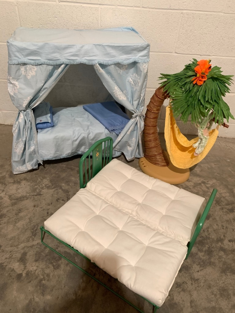 Photo American girl doll beds and tree hamic