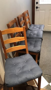 Ikea dining room chairs - set of 4 Toronto, M6S 1Y2