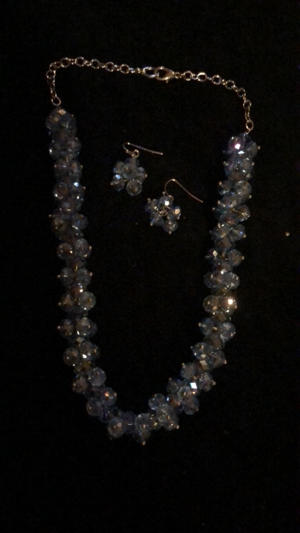 Necklace and Earrings (Choker)