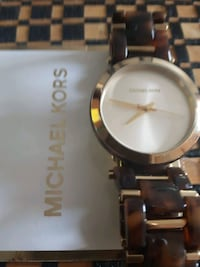 Michel Kors, authentic,  brown/or, neuf Montreal, H1M 2Y7