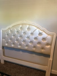 GLAM PEARL LEATHER TUFTED QUEEN HEADBOARD Henderson, 89183