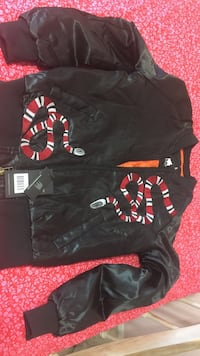 black  zip jacket 1695 mi