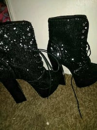 new never worn size 8 healed boots  Las Vegas, 89121