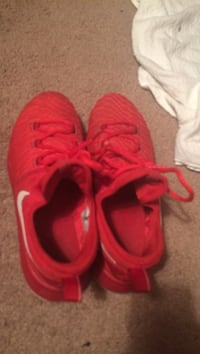 Pair of red-and-white nike sneakers Jasper, 35503