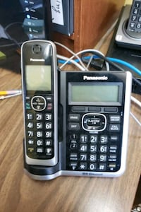 Panasonic Cordless with 5 Hand sets Phone like new $20 Mississauga, L5A 1W7