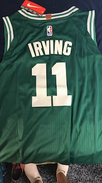 Kyrie Irving Celtics jersey XL New London, 06320
