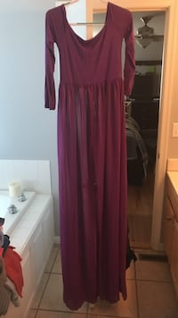 XL off the shoulder maternity dress Londonderry
