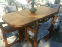 dining  set. with  two  extensions and 6 chair. Murrieta, 92563