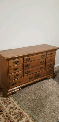 Solid wood 8-drawer dresser Vienna, 22181
