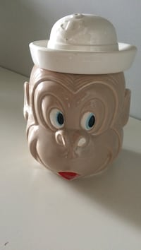 Made in japan cookie jar collectible.  tiny chip on ear Surrey, V3W