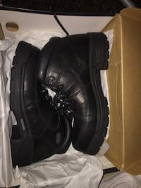 Pair of black wolverine lace-up work boots with box West Mifflin, 15122