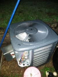 Goodman 2 ton 410A condenser used Hapeville, 30354