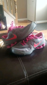 Womans 8 Nike London, N5V 4T4