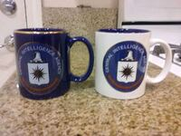 two blue and white ceramic mugs Bakersfield, 93313