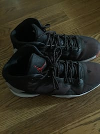 pair of black Air Jordan basketball shoes. Men's size 8 but run a little big so can fit up to a size 9