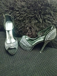 pair of silver open toe ankle strap pumps Lanham, 20706