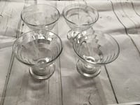 Set of 4 Glass Desert bowls Columbia