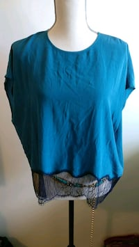 Aritzia Yvette Blouse - Size Large Seattle, 98121