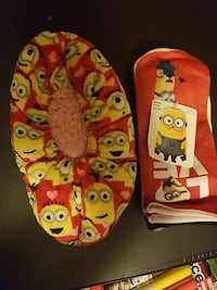 Socks 7-9 toddler and slippers are size 13-4