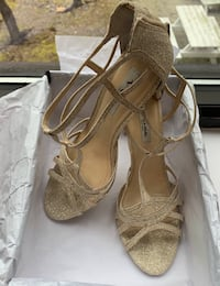 Nina Size 11 Champagne dress sandals White Plains, 10605