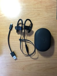 powerbeats 3 wireless (negotiable price)