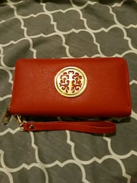 Red Wallet  Mississauga