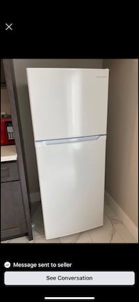 5ft mini fridge $275 first with cash takes