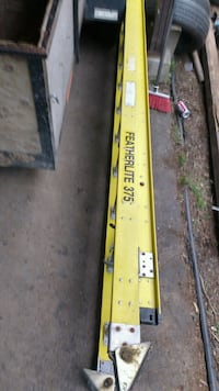 Heavy duty ladder 28ft /rated375 lb Surrey, V3W